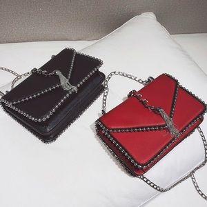 New crossbody shoulder bag